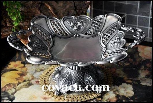 Đĩa giả bạc phong cách Baroque