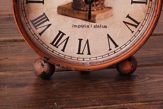 Đồng hồ để bàn cổ điển đẹp