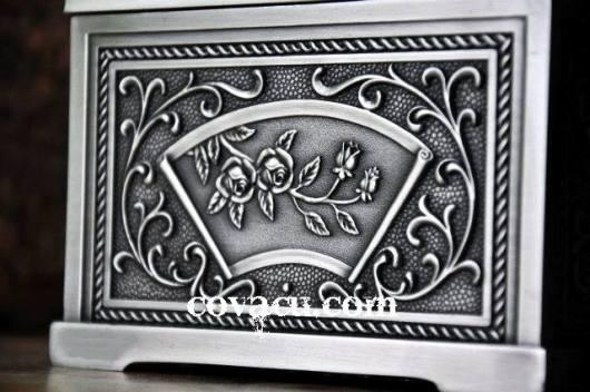 Hộp khăn giấy giả bạc kiểu cổ đẹp