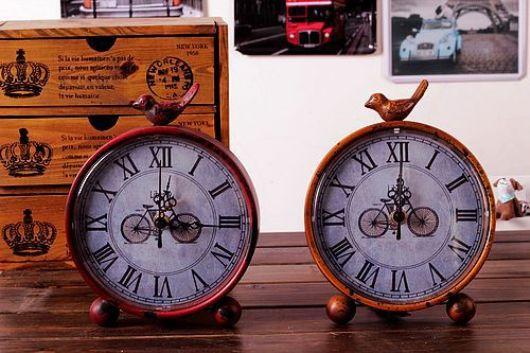 Đồng hồ vintage để bàn LIBERTY