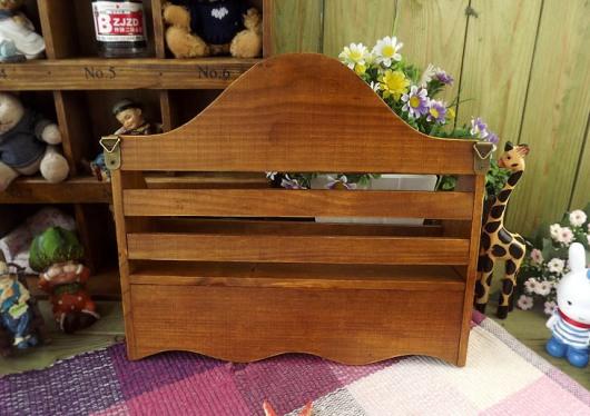 Kệ gỗ, móc treo đồ vintage