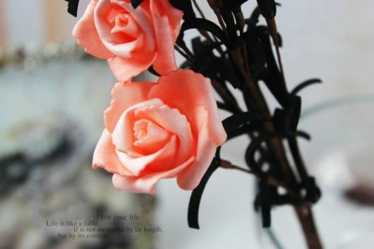 Hoa hồng trang trí phòng