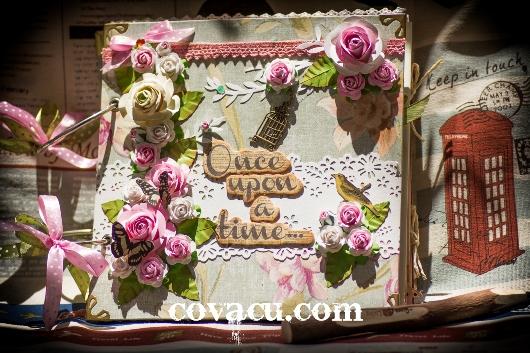 Scrapbook chủ đề hoa lãng mạn cho tình yêu ngọt ngào.