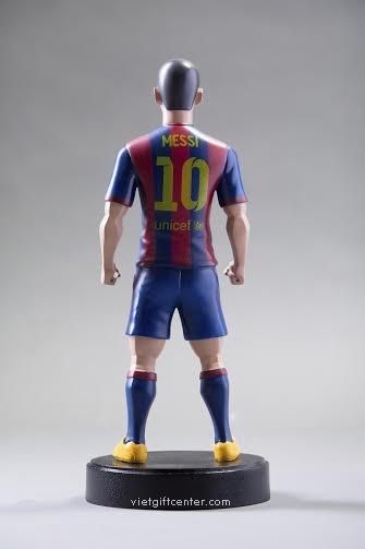 Bán tượng Messi