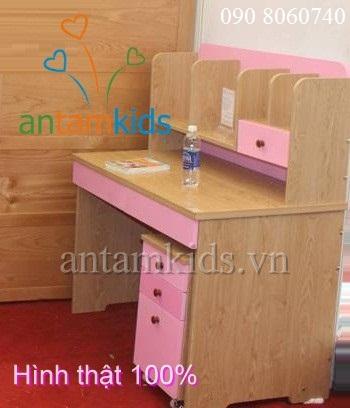 Bàn học nhật bản - Bàn học đẹp  cho bé gái màu hồng gỗ AnTamKids.vn