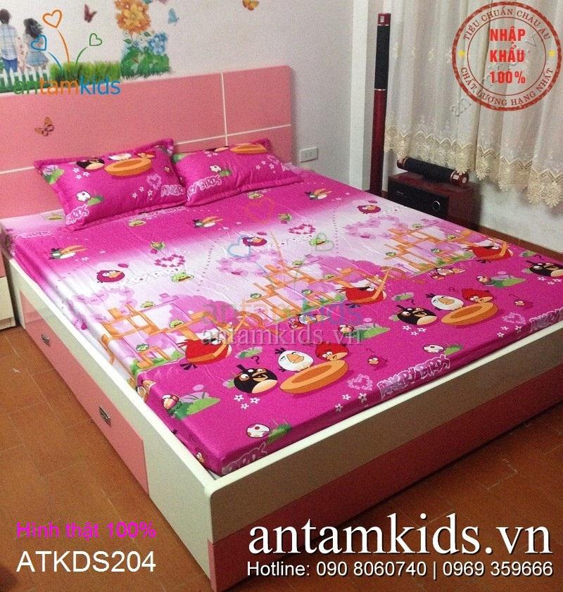 Chăn ga gối Angry Birds màu hồng cực xinh yêu cho bé gái