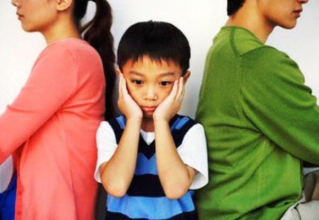 chồng ngoại tình ảnh hưởng đến hạnh phúc con cái