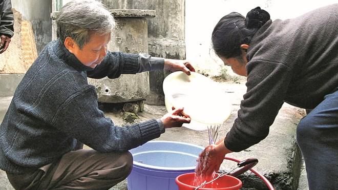 sử dụng nguồn nước không đảm bảo vệ sinh