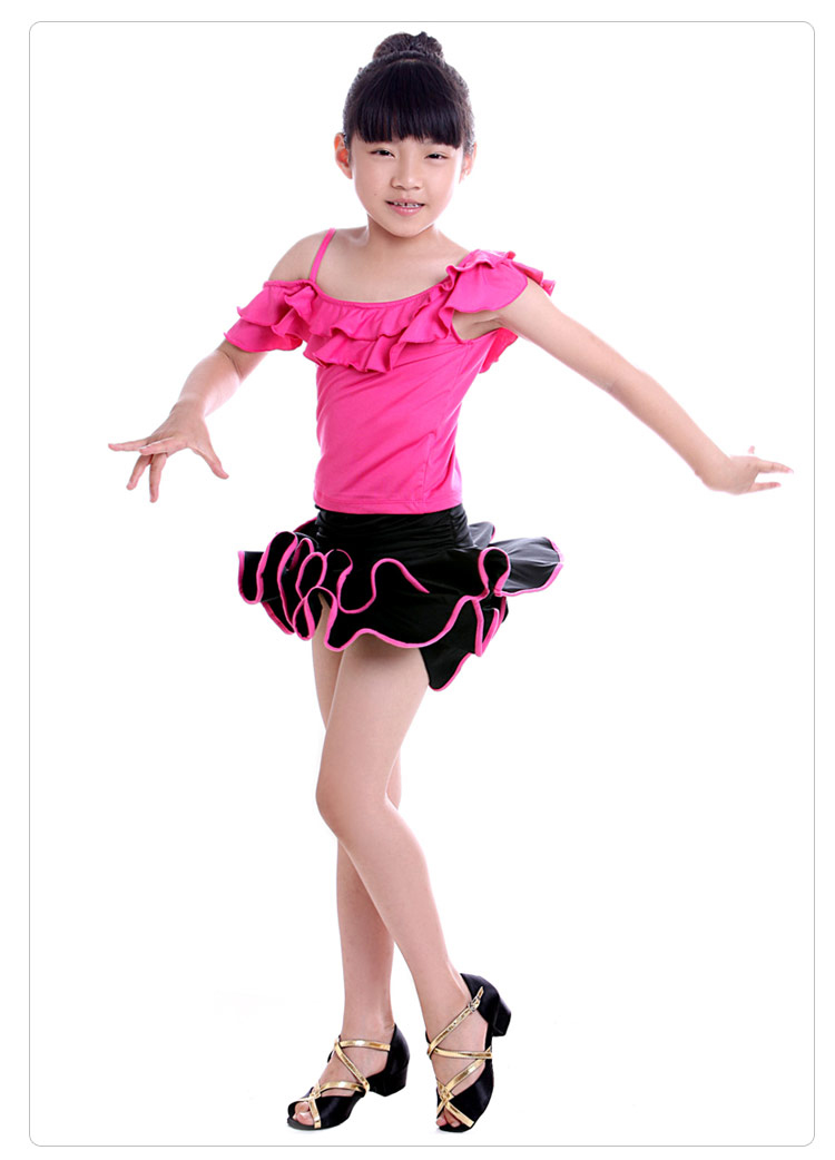 váy khiêu vũ trẻ em