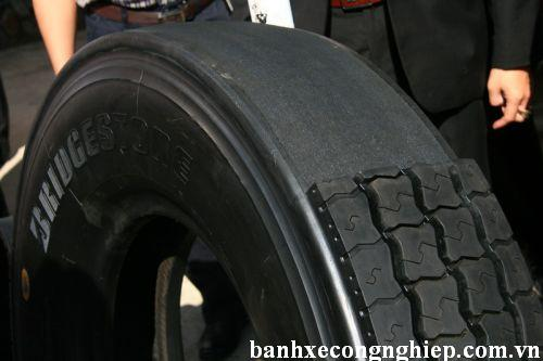 lốp xe nâng_vỏ xe nâng_banhxecongnghiep