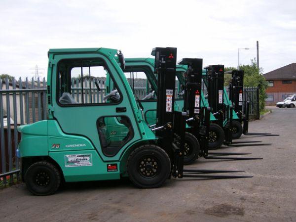 xe nâng dầu diesel mitsubishi