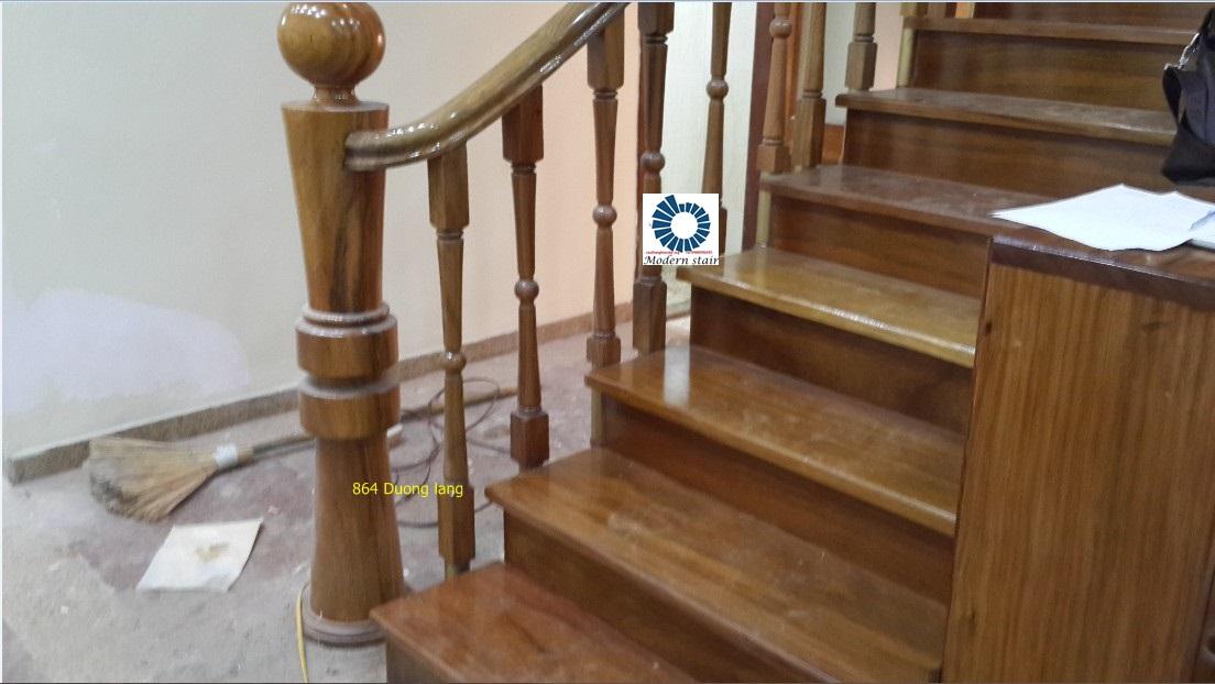 mẫu cầu thang gỗ dành cho văn phòng - Thi công cầu thang Hà Nội