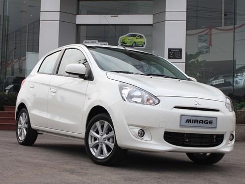 Mitsubishi_mirage_mau_trang_ngoc