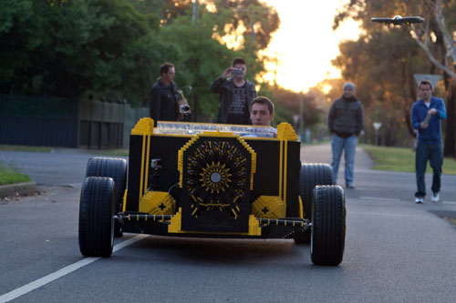 fullsize-lego-car-08-1-8749-1387509935.j