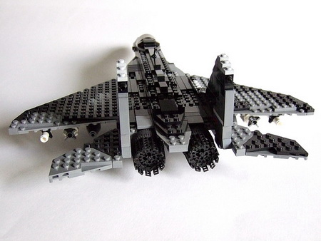 Nhận biết vũ khí trong thế giới LEGO