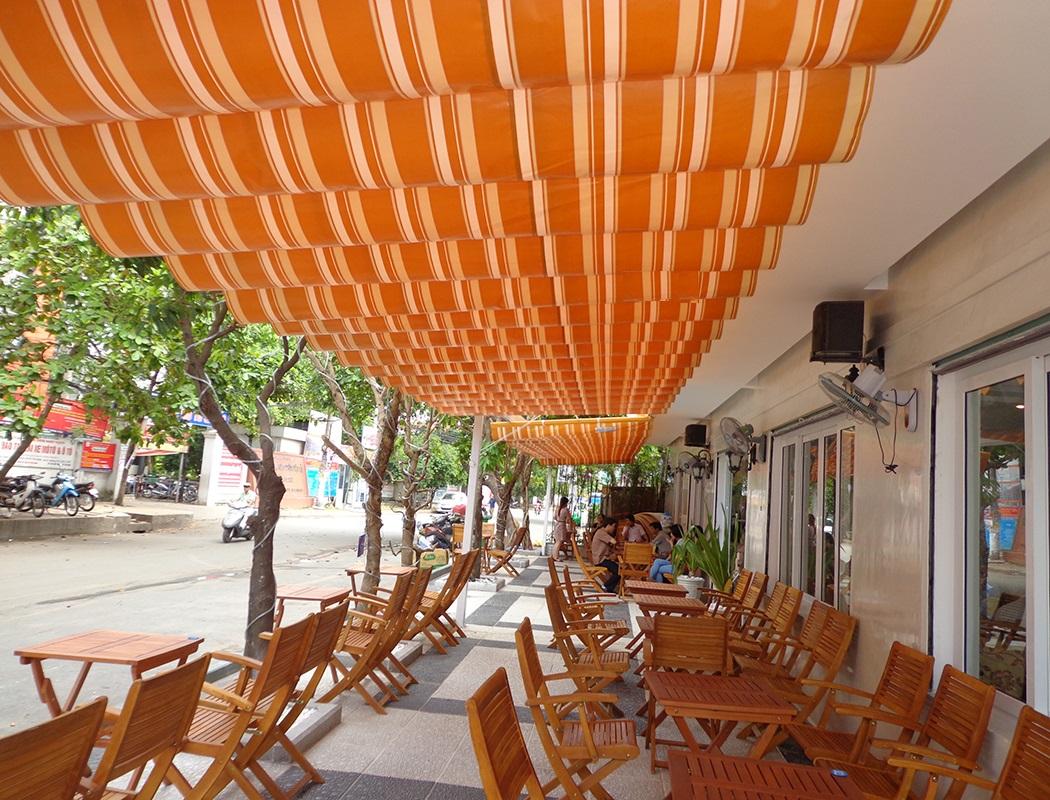 Bạt che nắng mưa nhà hàng