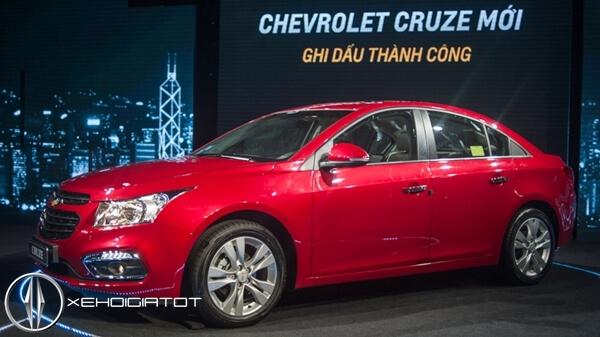 Chevrolet Cruze giảm giá 70 triệu trong tháng 9/2016