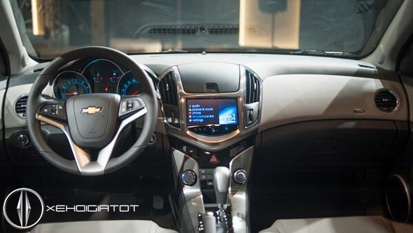 Nội thất xe Chevrolet Cruze mới