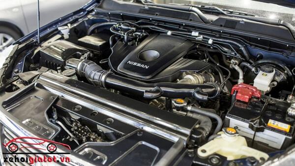 Động cơ xe Nissan Navara VL Premium R