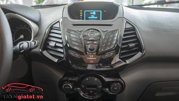 Hệ thống giải trí xe Ford EcoSport Titanium Black