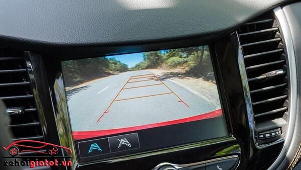 Camera lùi xe Chevrolet Trax LT