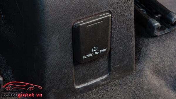 Cổng điện 230V xe Chevrolet Trax LT