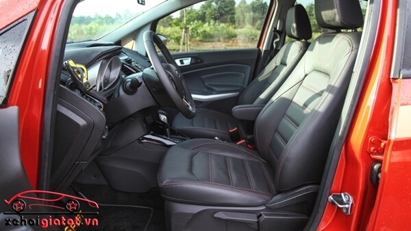 Hàng ghế trước xe Ford EcoSport Titanium Black