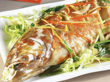 Thưởng thức món cá hấp ngon tuyệt trong vài phút chế biến qua lò
