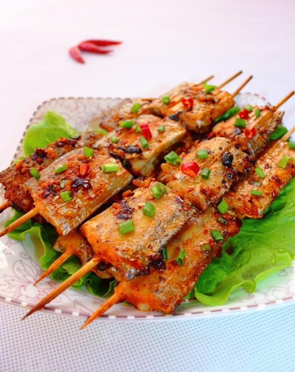 Cá nướng thơm ngon, dinh dưỡng vẫn vẹn nguyên khi được nướng trong lò
