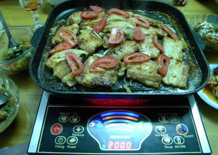 Với mức nhiệt mạnh bếp hồng ngoại nướng chín mọi đồ ăn trong thời gian ngắn nhất
