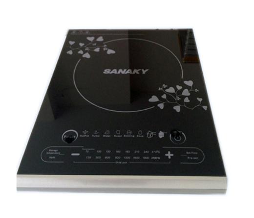 Bếp điện từ Sanaky AT-110BT được thiết kế sang trọng và rất tinh tế