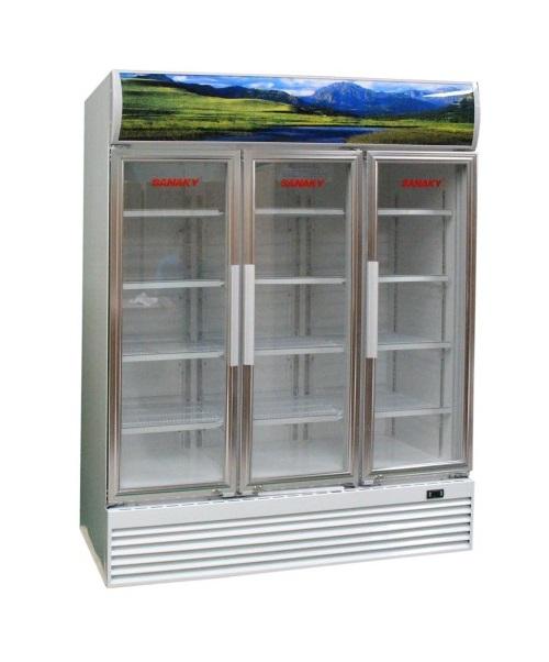 Tủ mát Sanaky 3 cánh mở  có dung tích tới 1500 lít