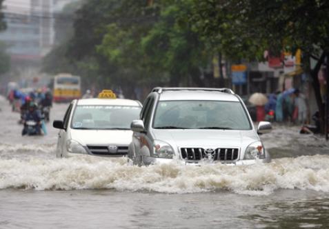 kỹ năng lội nước ô tô