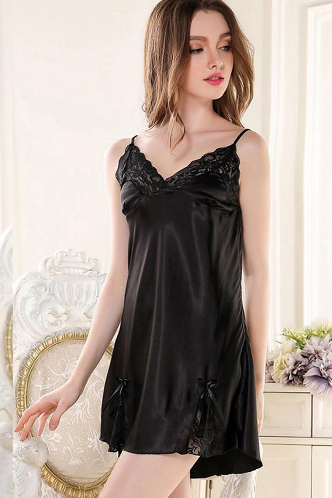 Váy Ngủ Có Áo Choàng Lụa Đen 0627