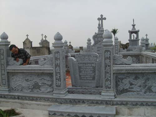 khu lăng mộ đá 08