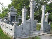 khu lăng mộ đá 14