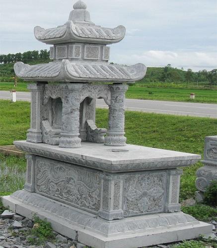 mộ đá hai mái 09