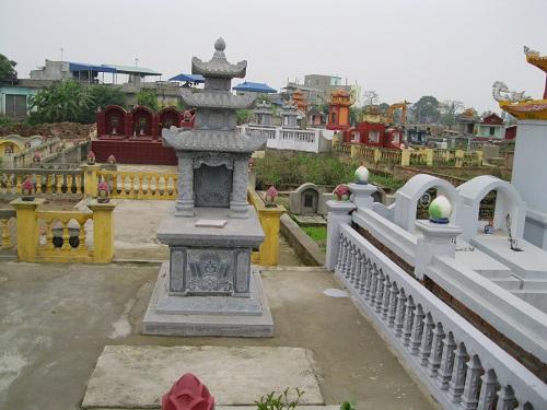 mộ đá ba mái 12