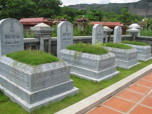 mộ đá khối
