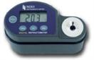 Khúc xạ kế đo độ mặn cầm tay hiển thị số