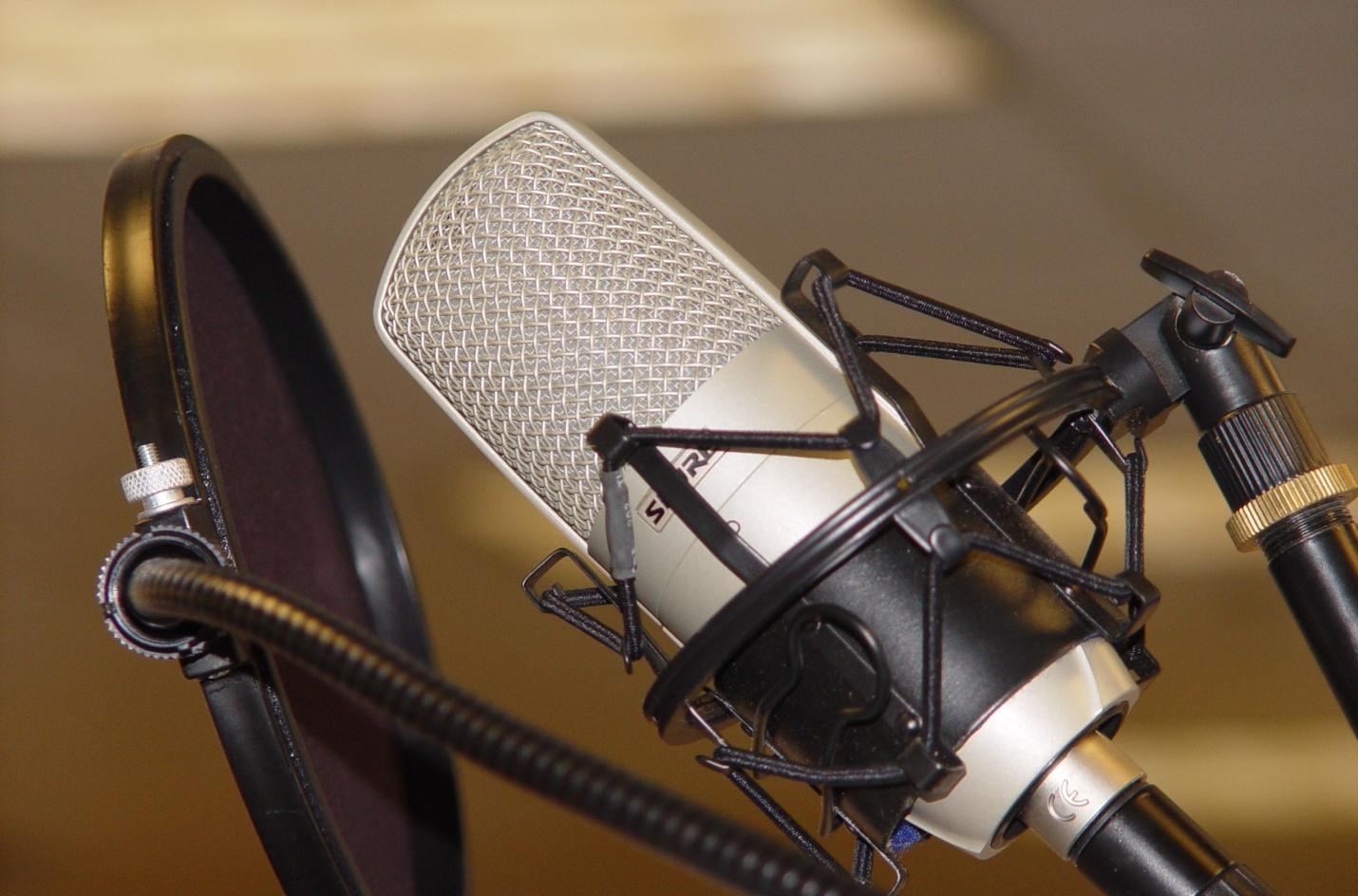 Những điều lưu ý cực kỳ quan trọng khi thu âm bằng microphone.