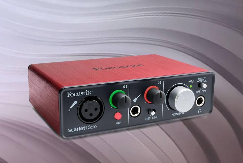 Card sound thu âm Focusrite Scarlett solo