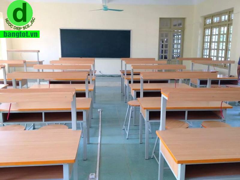 trường THCS Văn Khê mua bảng từ xanh
