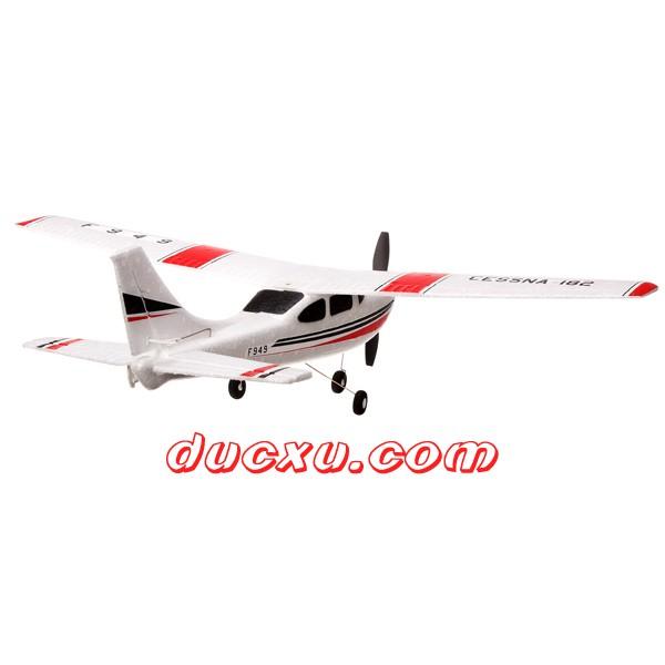 máy bay điều khiển từ xa cánh bằng