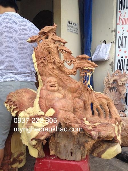phat di lac goc go huong