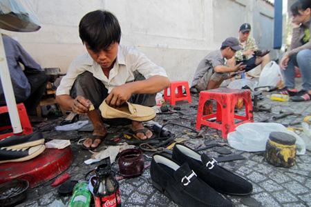 sửa giày da nam ở TP Hồ Chí Minh