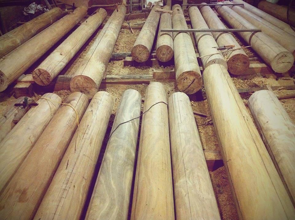 cột nhà gỗ mít