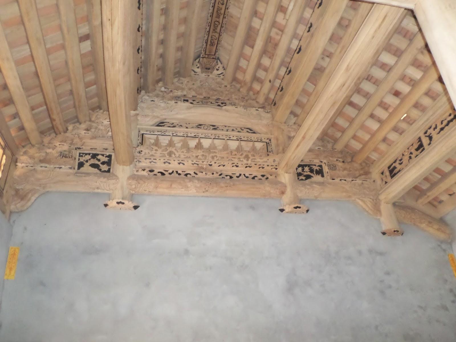 nhà gỗ xoan ( để trần mộc)