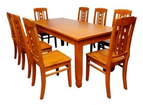 Mẫu bàn ăn số 3