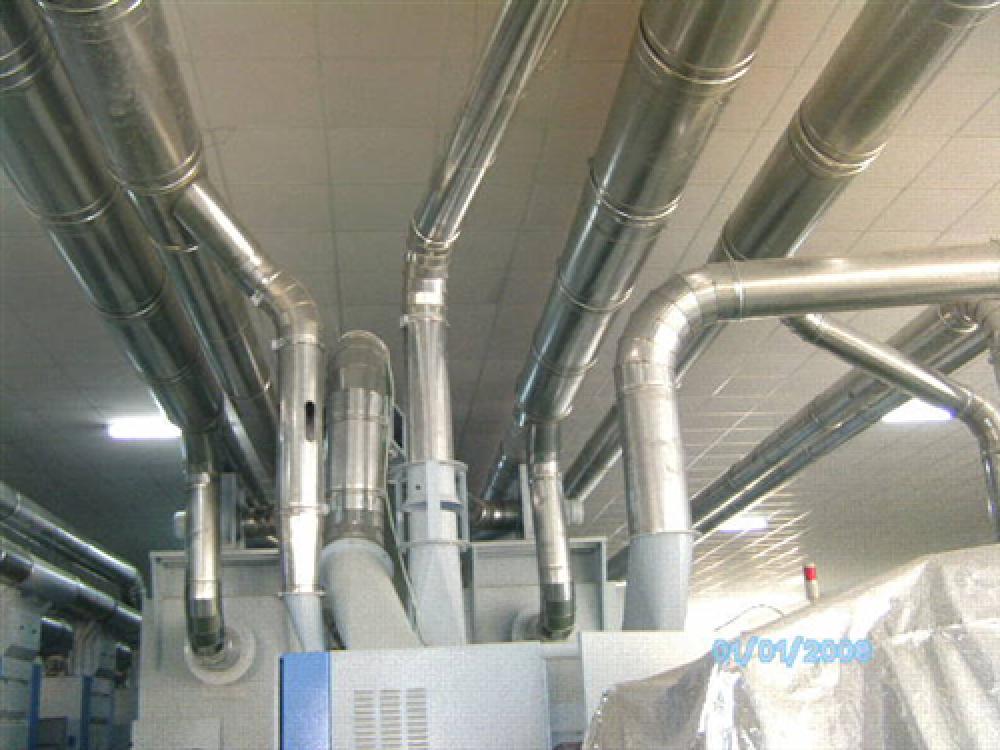 Lắp đặt ống gió trong nhà xưởng